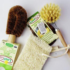 Háztartási- és takarító eszközök